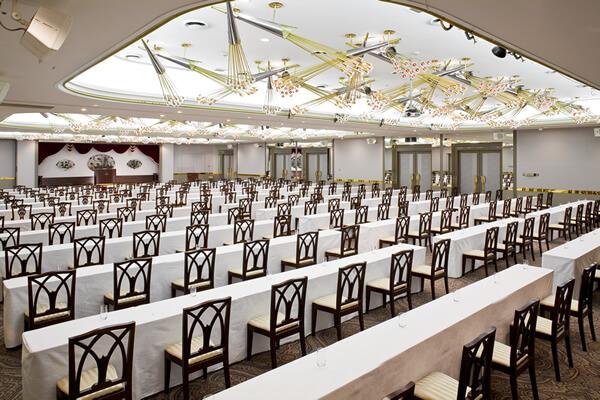 中宴会場 翡翠の間|ご宴会場|レンブラントホテル東京町田【公式】