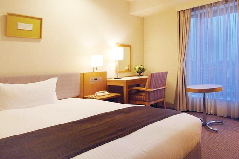 デラックスシングルB|客室のご案内|レンブラントホテル厚木【公式】レンブラントグループホテル