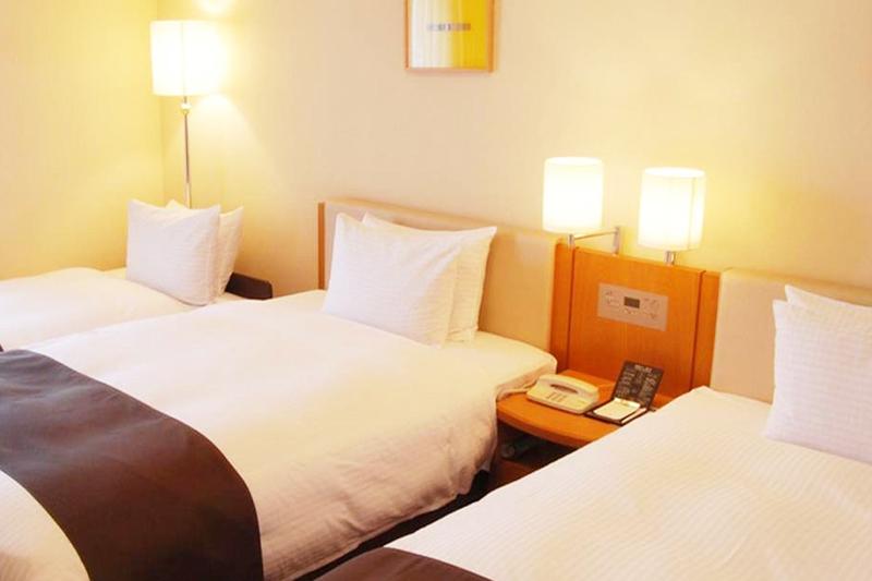 トリプルルーム|客室のご案内|レンブラントホテル厚木【公式】レンブラントグループホテル