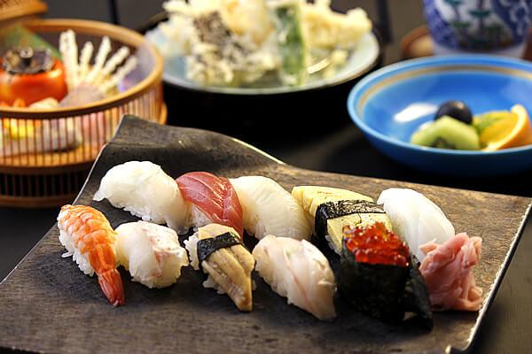 富貴野極み握り寿司コース<br>おおいたの新鮮な魚介をご提供!おまかせ握り寿司十貫|ディナー|レンブラントホテル大分【公式】レンブラントグループホテル
