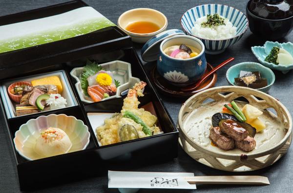 富貴野定番ランチ 旬彩 ~桔梗(ききょう)<br>お造り・天ぷら・ステーキも◆1日限定20食|おすすめ|レンブラントホテル大分【公式】レンブラントグループホテル