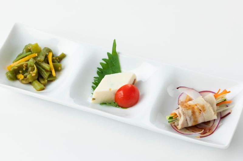 トルファン|プレミアムランチ【サラダ・ドリンク・デザートバーつき!】