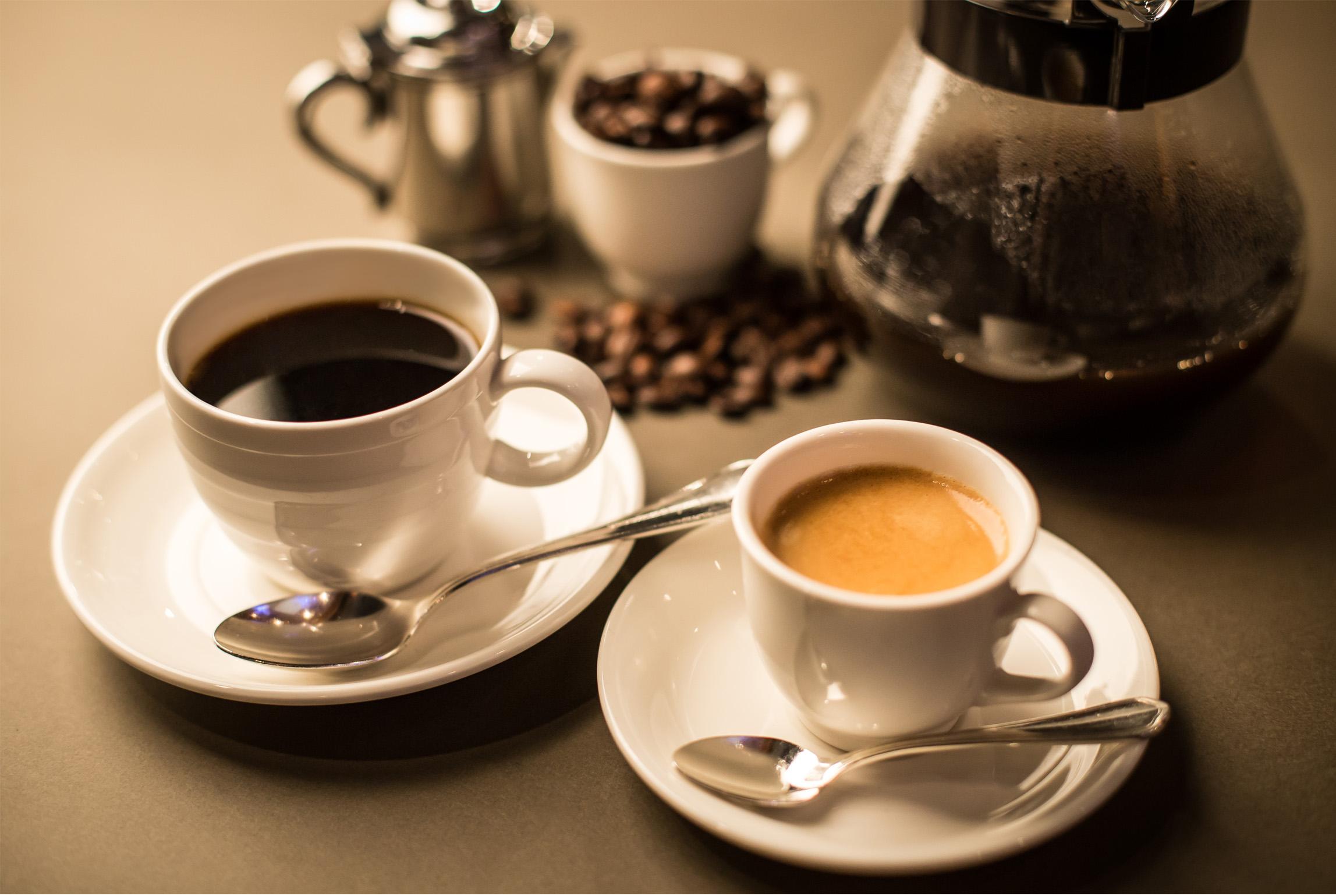 ホテル最上階バーレンブラント【カフェメニュー】 淹れたての香り高いコーヒーをご用意!