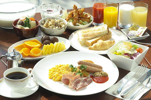 ~元気です!おおいた~<br>大分の郷土色豊かなメニューが魅力<br>バイキング朝食付プラン|レンブラントホテル大分