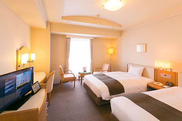 上質な眠りと心地よい目覚めをサポートするシモンズ社製ベッドを全室に導入