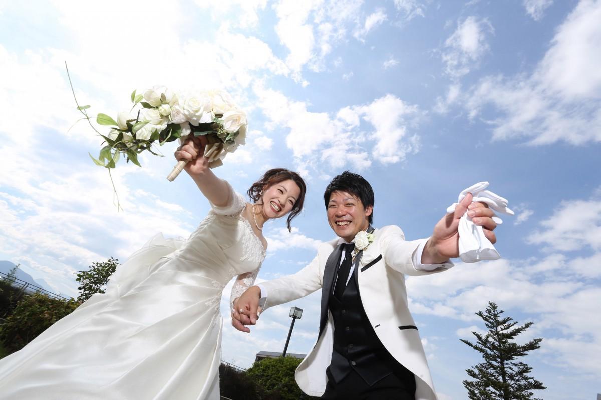 【カップルレポート】ラグジュアリーで統一、笑顔や感動のたえない結婚式