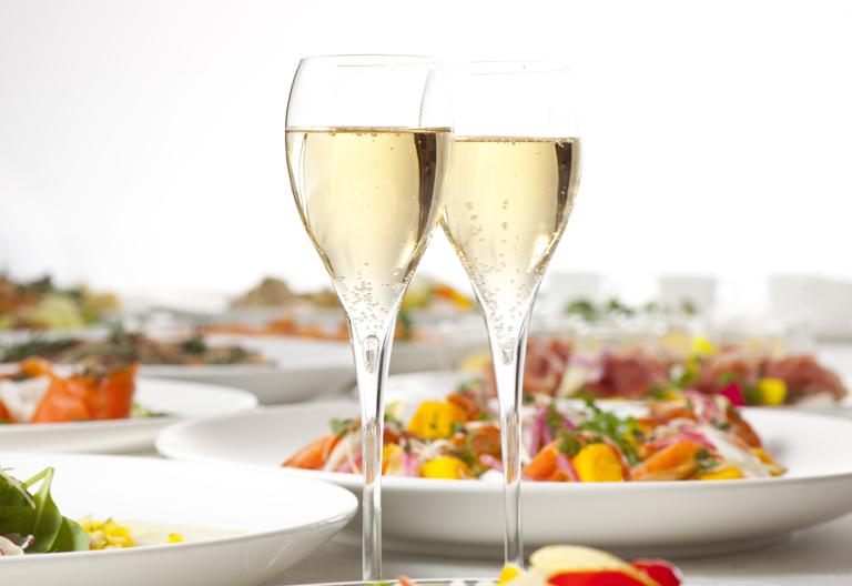 【7月・8月 限定】:Summer Party Plan<br />7周年記念!夏のご宴会はレンブラントで!|レンブラントホテル大分