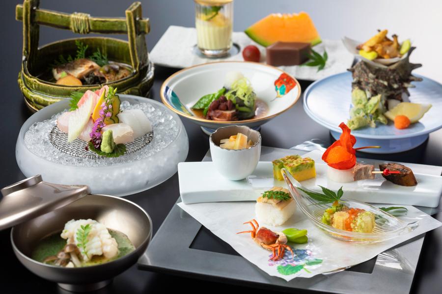 和洋中のレストランを完備。ホテルシェフ特製のお料理をお楽しみ頂けます。