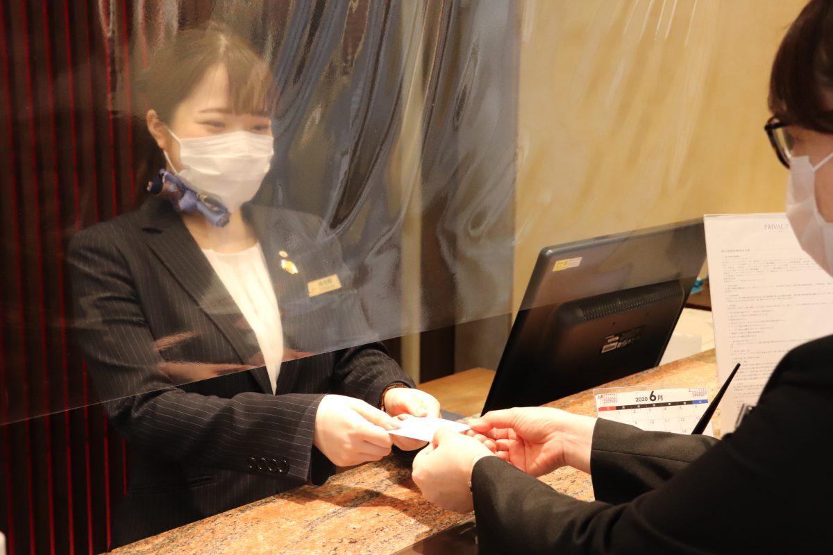 「3密回避」×「衛生管理」~フロント・客室の感染症対策~|レンブラントホテル海老名